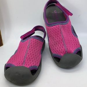 Crocs Swiftwater Girl's Close Toe Water-Friendly Sandals -C12
